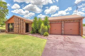 Recently Sold 13 Roslyn Street, Centenary Heights, 4350, Queensland