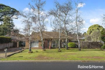 Recently Sold 32 Stuart Drive, Woodend, 3442, Victoria