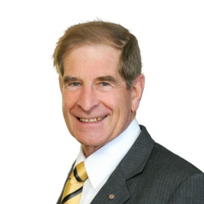 Michael Hunter - Principal, Licensed Real Estate Agent, Auctioneer, Strata Manager, Property Manager, Holiday Manager