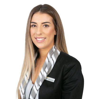 Amanda Rainbow - Receptionist