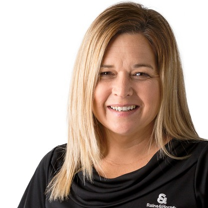 Zoe Underhill - Rentals Office Manager