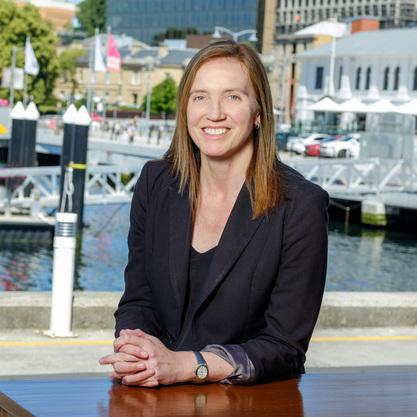 Annisa Burns - Business Manager / Real Estate Agent